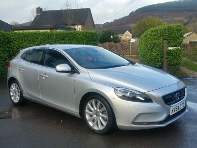 Used VOLVO V40 in Newport, South Wales for sale